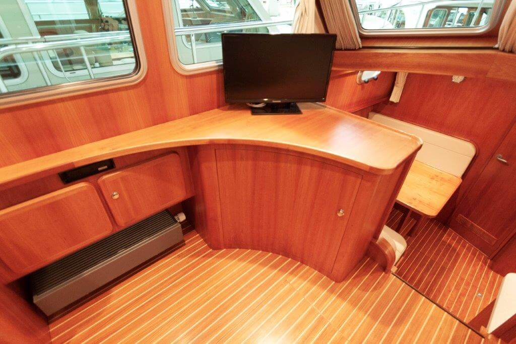 pre-owned-linssen-grand-sturdy-380-ac-004