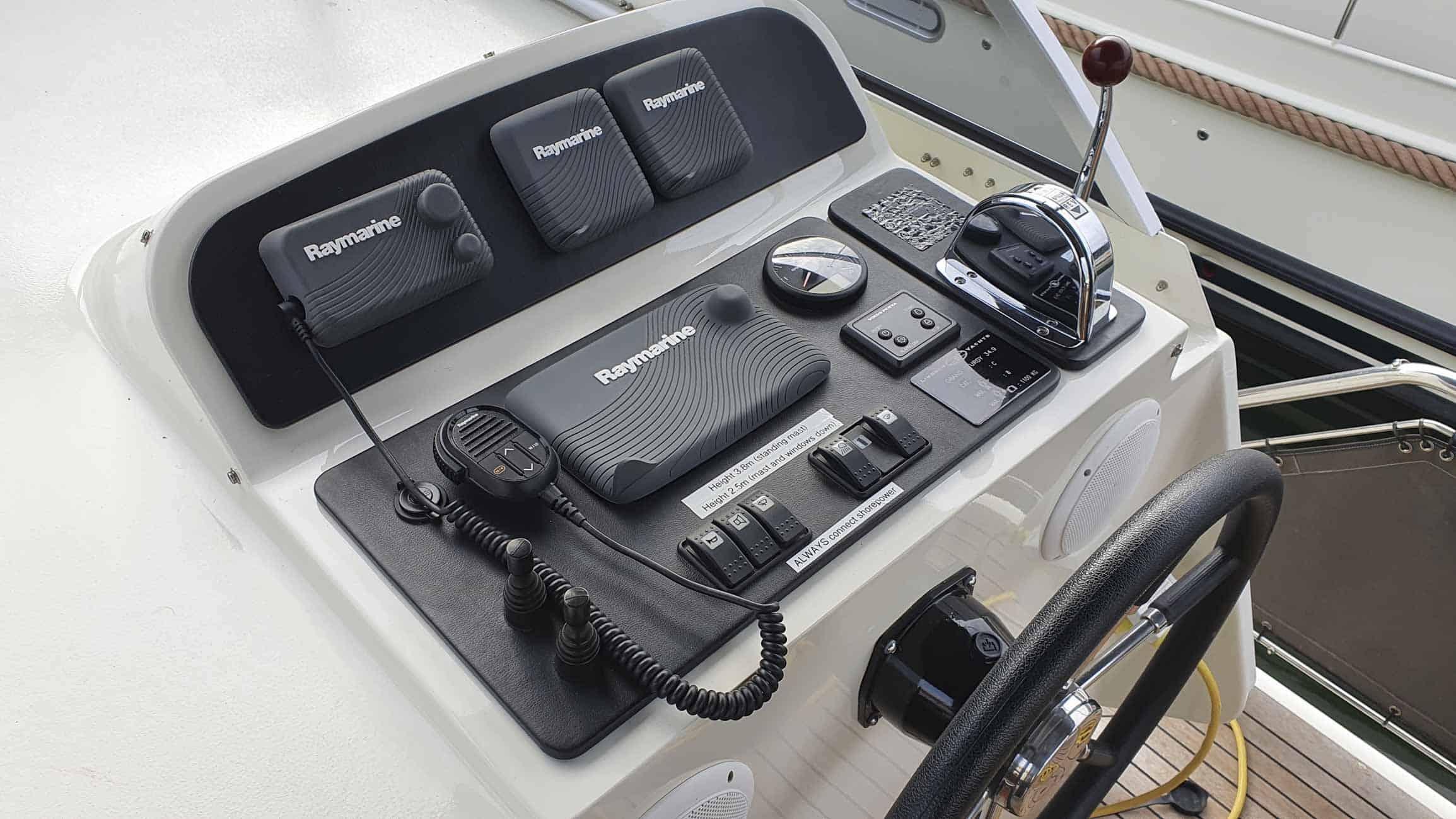 gebruikt-motorjacht-grand-sturdy-34-9-ac-3115-023