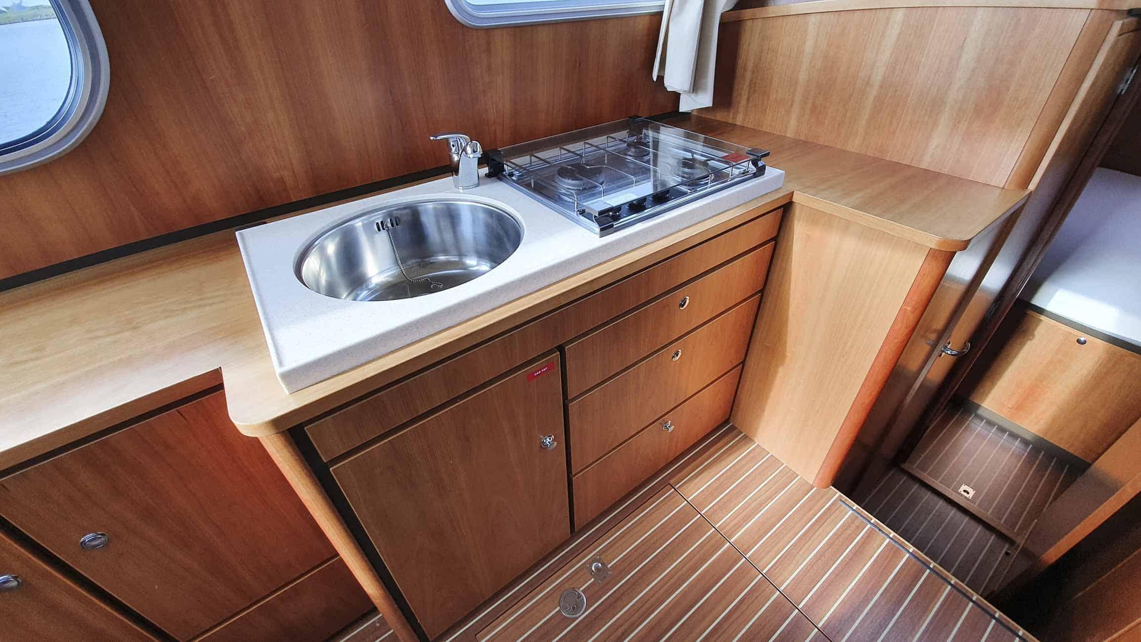 gebruikt-motorjacht-grand-sturdy-34-9-ac-3115-033