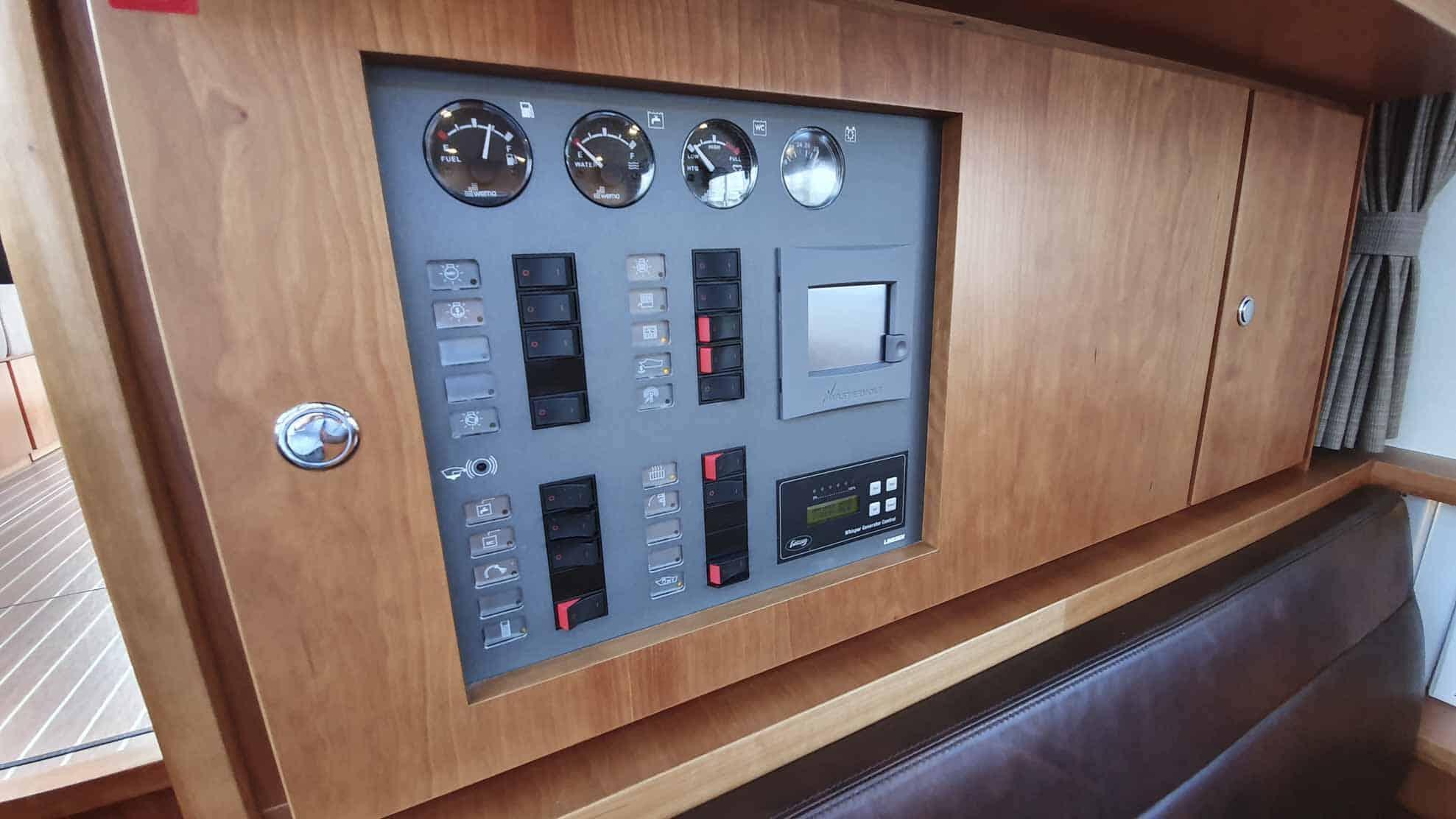 gebruikte-grand-sturdy-470-sedan-wheelhouse-3209-int-20201009-022